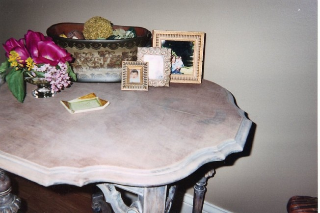 Table and floral detail